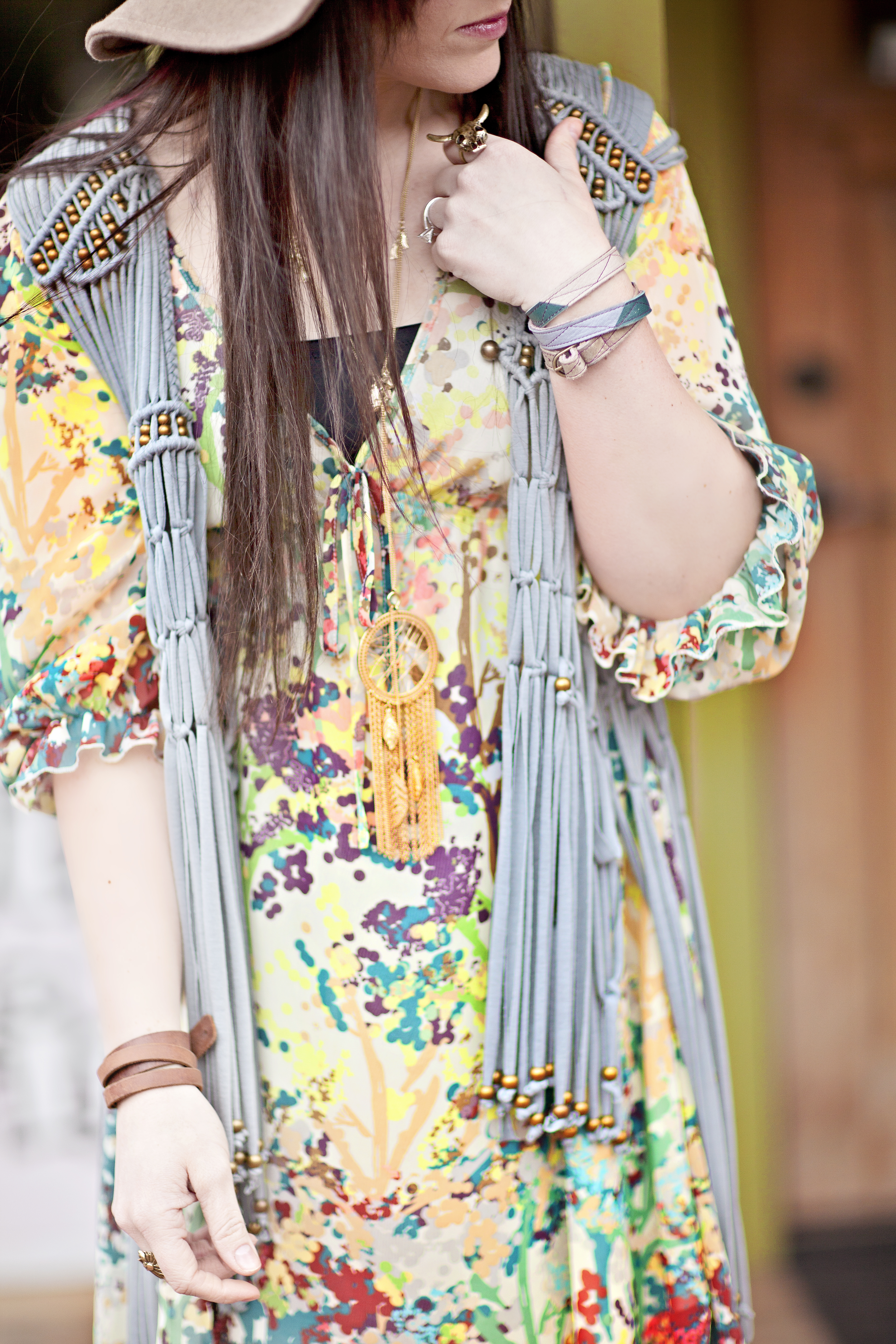 SUMMER GIVEAWAY with some of my favorite girls! {Fashion}